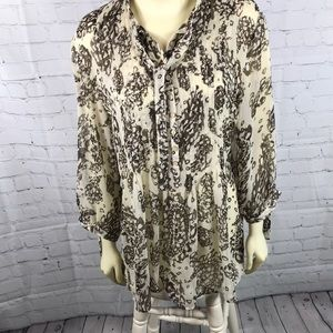 Coldwater Creek Light Blouse lots of pleating EUC